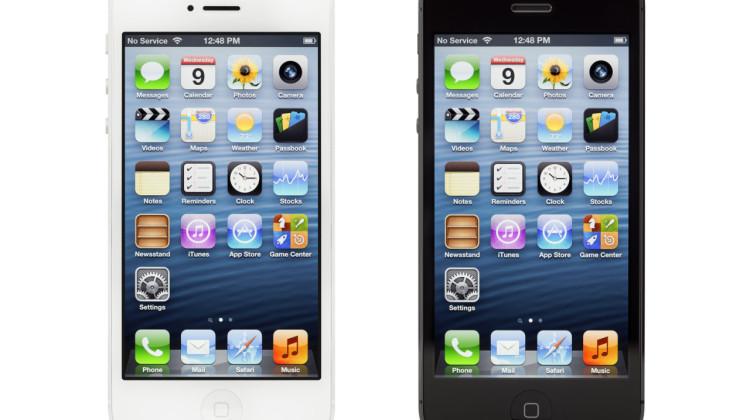 To smartphones- hvid og sort iphone